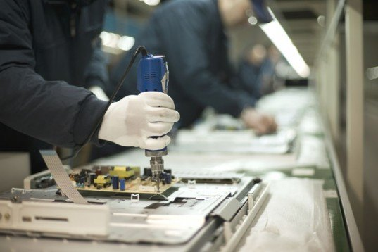 Electronics Manufacturing, production line, Apple computers, electronics factory,