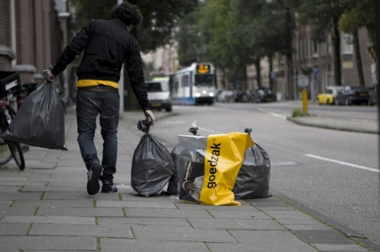 goedzak, bag, rubbish, donations, dutch, simon akkaya, recycling, curbside, altruism