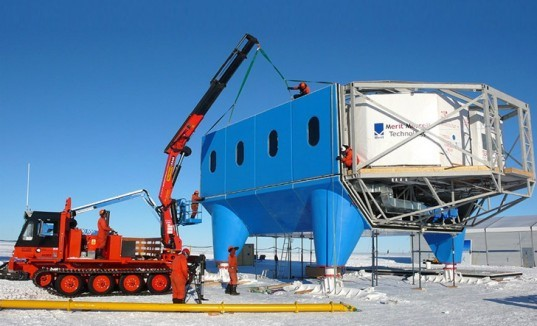 Halley VI Antarctic research station, Hugh Broughton Architects, AEDAS, Antarctic research station, Antarctica, modular architecture, mobile architecture, prefab design, Brunt Ice Shelf, British Antarctic Survey, research stations, extreme weather, flexible architecture, temporary structures