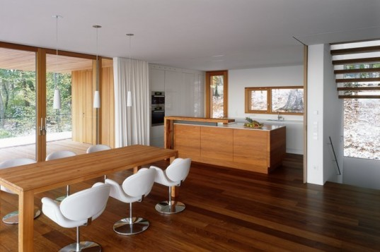 House Heilbronn, KM Architektur, timber home, energy efficient home, eco home, green home, germany