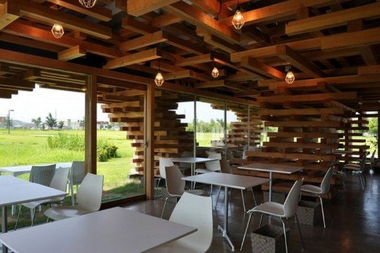 Kengo Kuma, Cafe Kureon, untreated wood, jenga, Toyama, Designed for Dissasembly, Architecture, Recycling / Compost