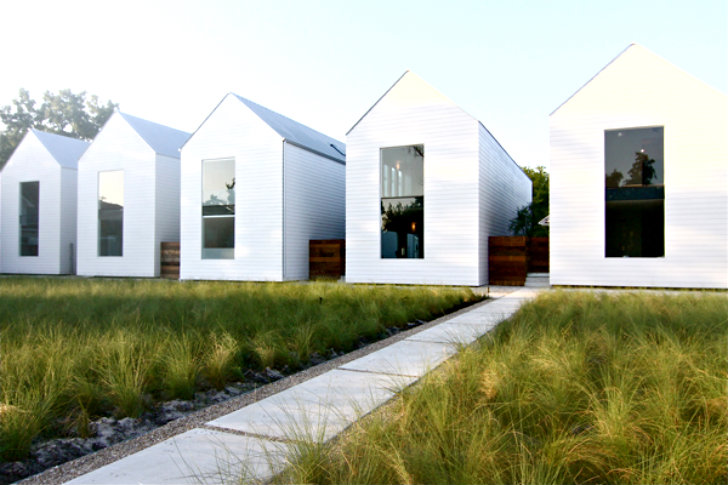 Houston row houses are an exercise in daylighting simple for Row house garden design