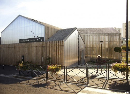 Les Coccinelles Nursery, Saint Gratien, France, prefab design, chestnut wood, green design, energy efficiency, sustainable design, eco-design, education, nursery school, solar gain