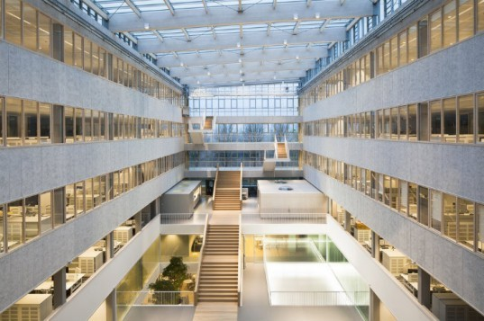 TNT Headquarters, OVG, eco office, the netherlands, tnt express, carbon neutral office, net zero office,