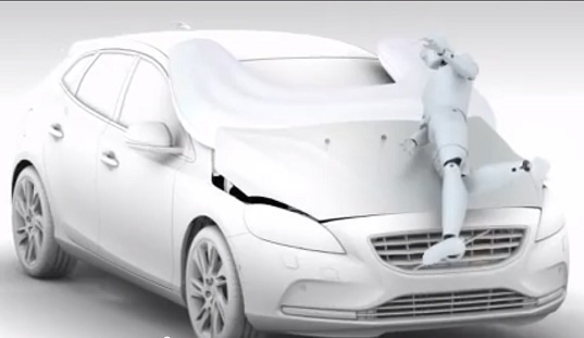 Volvo pedestrian airbag, Volvo V40 hatchback, pedestrian safety, traffic safety, safe car, car pedestrian detection, automobile industry, Geneva Motor Show