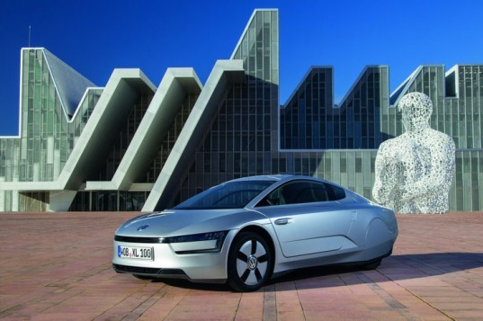 Volkswagen, Volkswagen XL1, 2013 Geneva Motor Show, VW plug-in hybrid, VW hybrid, fuel-efficient car, green car, electric car, lithium-ion battery, electric motor