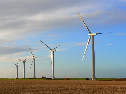 wind farm, renewable energy, wind, clean technology, australia, report, bloomberg new energy finance