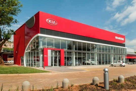 Kia, kia motors, solar-powered car dealership, solar power, South Africa