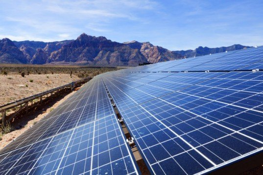 Solar Farm, solar power, solar panels, solar array, solar, photovoltaic
