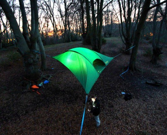 tentsile stingray tent suspended trees alex shirley-smith hammocks & Tentsileu0027s New Stingray Hanging Tent Lets You Sleep Comfortably ...
