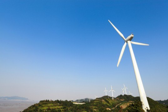 China wind power, China nuclear power, clean energy, renewable energy sources China, wind farms, wind turbines, Daiichi nuclear disaster, generation III nuclear reactors, China Wind Energy Association