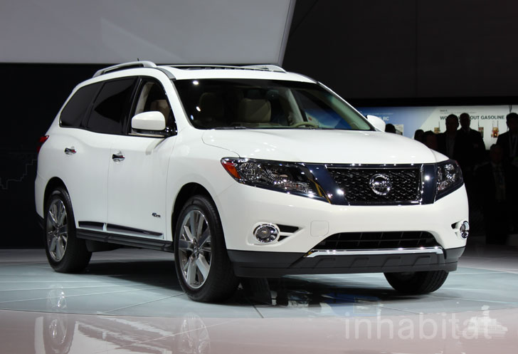 Nissan Unveils First Ever Pathfinder Hybrid For 2014 At The New York