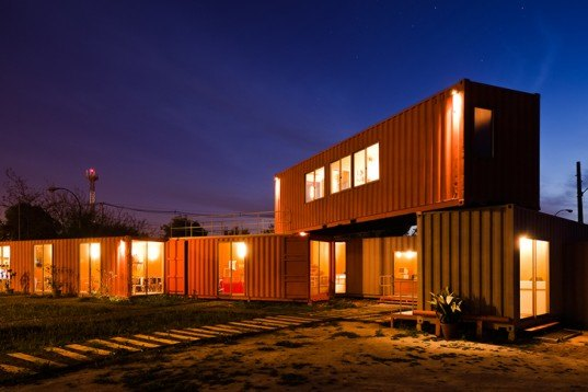 DX Arquitectos, recycled shipping containers, office, Muebles Gacitúa, chile, Santiago, Architecture, Prefab Housing,