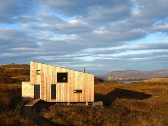timber house, tiny house, holiday house, isle of skye, scotland, rural design, green design, sustainable design, eco-design, fiscavaig house, minimal environmental impact, low carbon footprint, daylighting, natural light,
