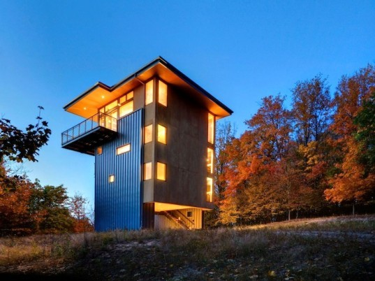 Tower House, Glen Lake, Lake Michigan, Balance Associates, metal-clad house, plywood box, birch, green design, sustainable design, eco-design, michigan, natural light, daylighting