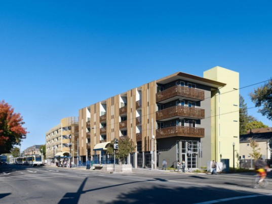 La Valentina Station, David Baker and Partners, urban infill, affordable housing, sacramento, eco housing development, sustainable housing