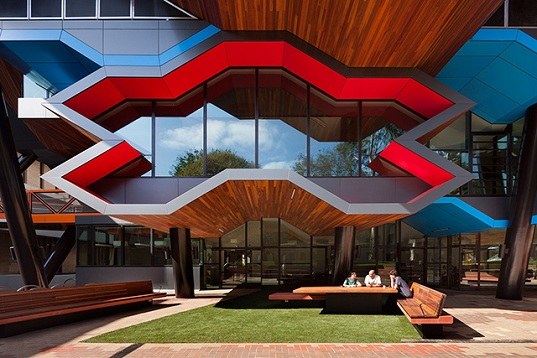 La Trobe University, La Trobe Institute for Molecular Science, Lyons Architects, Australia biotechnology, educational architecture, state-of-the-art research facility, honeycomb facade, sustainable technology, Green Star Australia