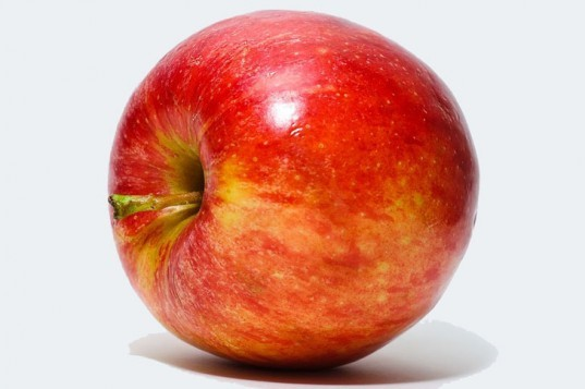 Red apple, apple, fuji apple, ripe apple, GMO apple, hyopallergenic apple