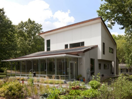 Williams-York Residence, DRAW Architecture, kansas, solar home, net zero home, green home, leed platinum