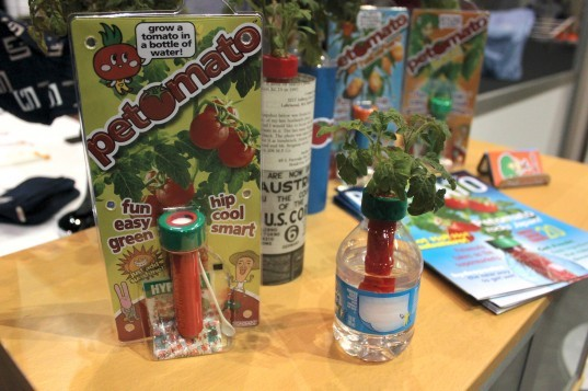 housewares show, 2013, chicago, home, eco, green, sustainable, gardening, hydroponic, plants