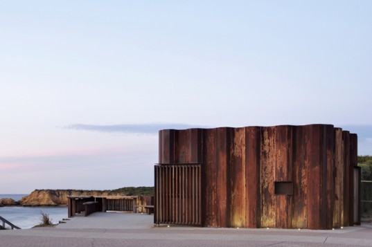 Third Wave Kiosk, Tony Hobba Architects, Australia, beach kiosk, recycled sheet piling, Tony Hobba