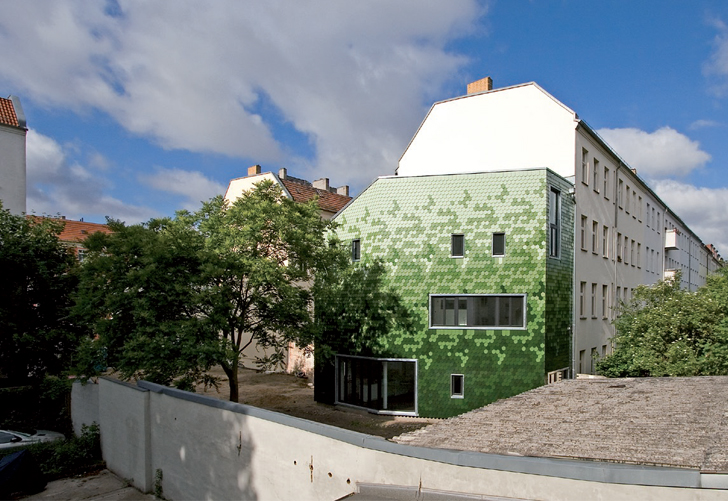 Solar-Powered Berlin Home Features a Camouflaging Pixelated Facade