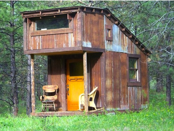 Wordsmith Charles Finn Builds Peaceful Microhomes From Reclaimed Materials