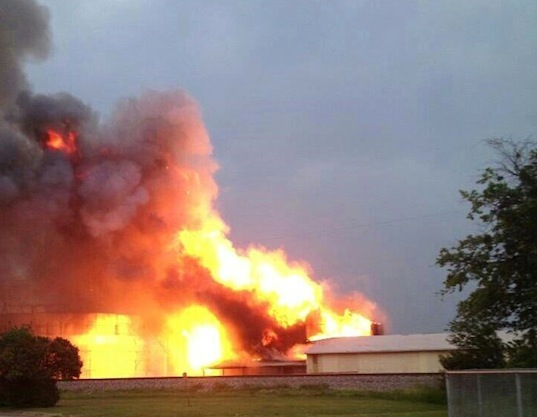 Fertilizer explosion, fertilizer plant, West, Texas, Near Waco, fire, richter scale, disaster management, toxic fumes, environment, news, industrial accident