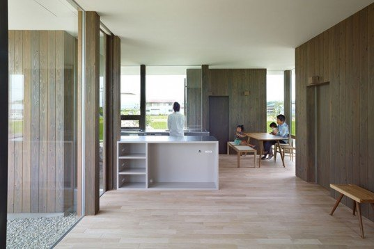 Fujiwarramuro Architects, House in Hanoura, Japan, LDK, crossed-ventilation, natural light, rumble hills, artificial hills, rural house, rice fields, Daylighting, Architecture, green Interiors,