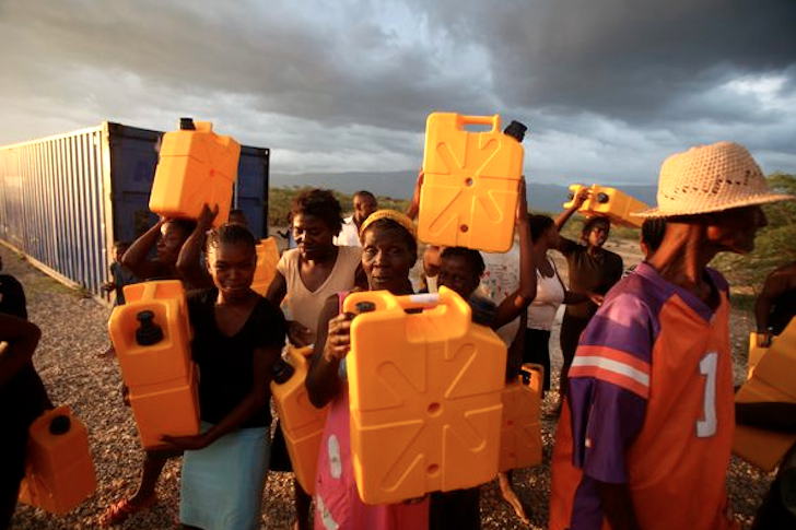 Bilderesultat for water crisis jerry can