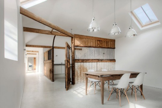 Manor House Stables, AR Design Studio, adaptive reuse, green renovation, horse stable conversion, uk, horse stable
