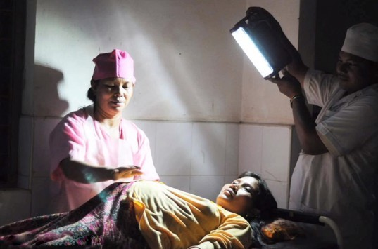 Panasonic solar lanterns, solar lanterns, solar power, humanitarian initiative, kerosene lamps, clean energy, solar lamps, green technology, air pollution, fossil fuels, carbon emission reduction, affordable energy