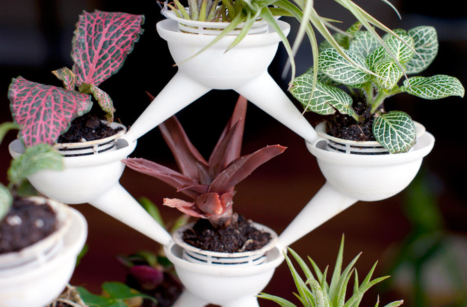 ipot modular planting system supercake. 3D-Printed Aqueduct Planters Have A Built-in Trickle-Down Irrigation System Ipot Modular Planting Supercake S