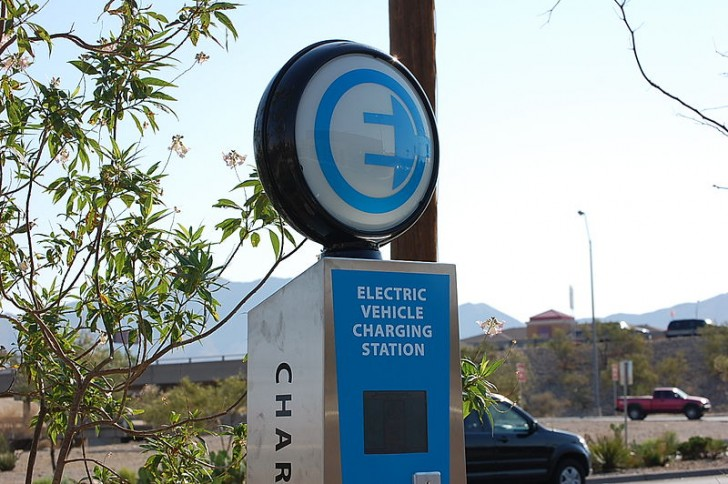 Leviton Awarded $1 Million to Add 82 Electric Car Charging ...