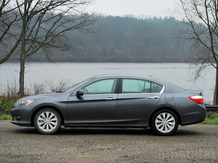 Test Drive Plain Jane Honda Accord With Econ Ist Gets Solid Fuel Efficiency Without Hybrid Tech