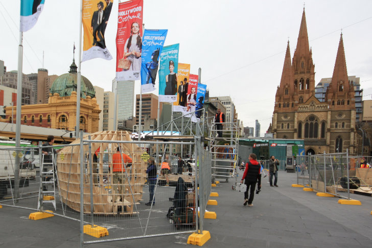 3d Exhibition Melbourne : Bvn architecture unveils d puzzle emergency shelter at