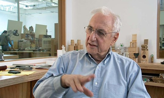 frank gehry, walt disney hall, architect, LA subway, subway, purple line, Los Angeles, Frank Gehry LEED, gehry controversy, LA subway plans