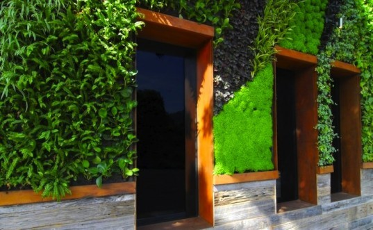 green wall, vertical garden, Laguna Beach green hotel, California boutique hotel, Horst Architects, green design, sustainable design, eco design
