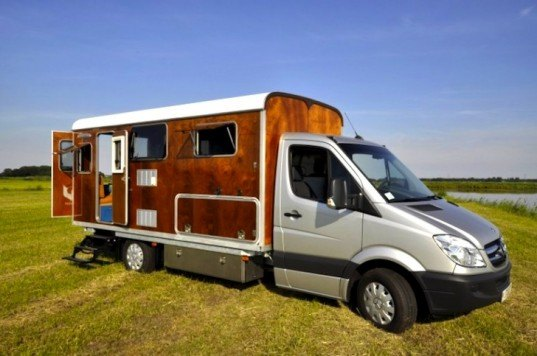 Tonke, Fieldsleeper, tiny living, tiny homes, on the road, sustainable design, green design, eco-design, The Netherlands, tiny living, storage, camper van,