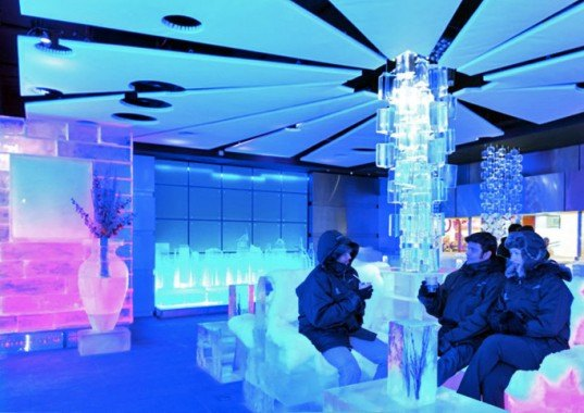 green design, eco design, sustainable design , Chillout Cafe, ice cafe Dubai, Sharaf Group, ice hotel, Burj Khalifa