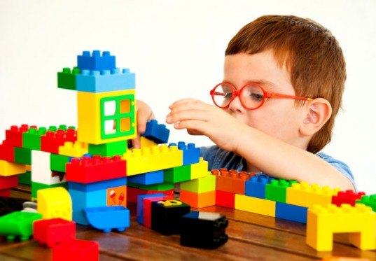 LEGO, LEGO School in Denmark, International School of Billund, Kjeld Kirk Kristiansen, IB school standards, inhabitots, alternative education, play and learning, gre
