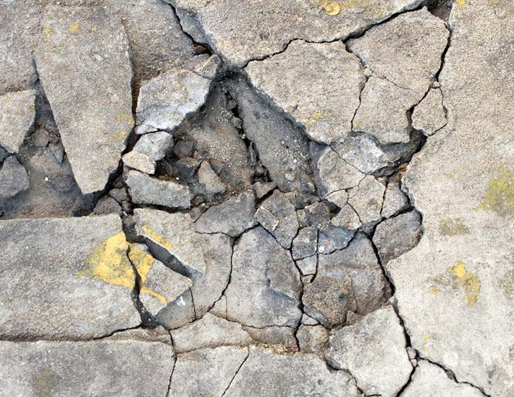 Scientists Developing Self Healing Concrete With Micro