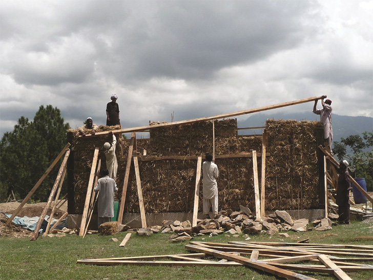 The PAKSBAB Straw Bale Earthquake Resistant Home was designed for Pakistan Earthquake relief.  Straw Bale is an incredibly economical, widely available building material in Pakistan which also happens to be perfect for earthquake-prone areas as it can