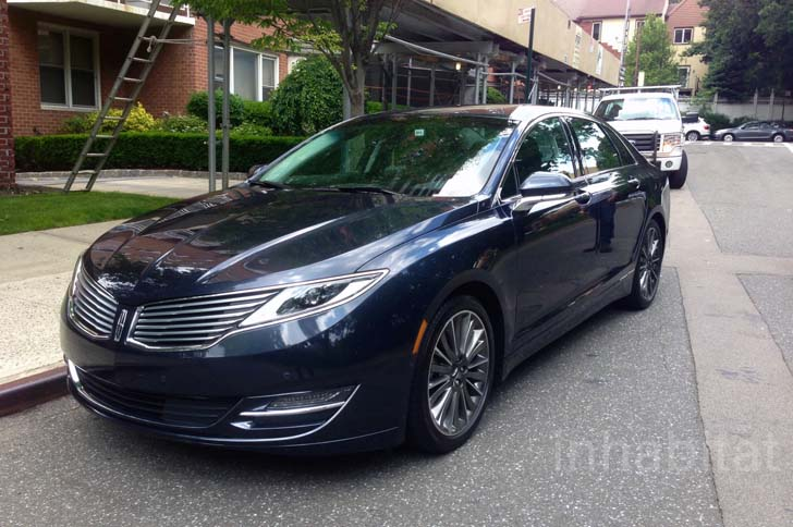 Test Drive A Quick Around Manhattan In The 2017 Lincoln Mkz Hybrid