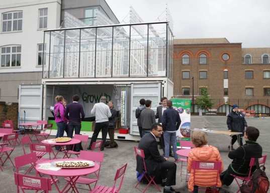 GrowUp London, GrowUp Box, GrowUp urban farm, urban farming London, aquaponics, greenhouses, greenhouses London, sustainable food