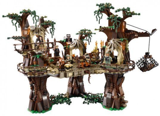 green design, eco design, sustainable design, LEGO, LEGO Star Wars, LEGO Star Wars Ewok Village