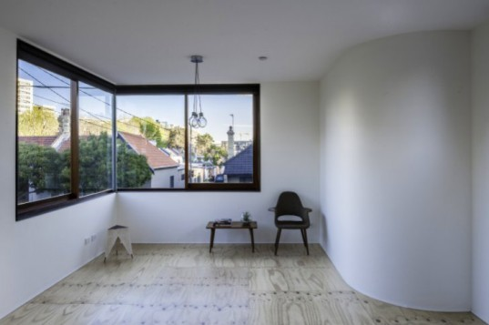 Tinshed, Raffaello Rosselli, sydney, tin shed, recycled materials, studio apartment, studio,