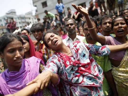 bangladesh factory collapse, trade restrictions, president obama, safety reform, garment worker rights, labor union, duty free exports, white house revokes Bangladesh trade privileges, ecouterre, news,