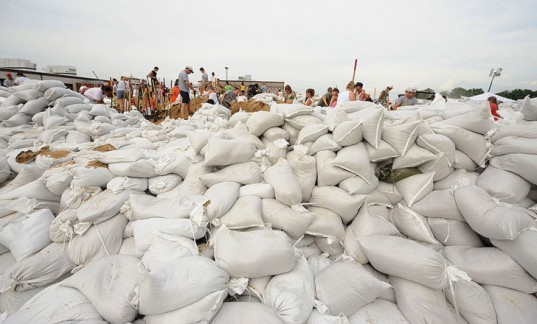 Mississippi River Flooding Forces Evacuation in Missouri After Levee Breach
