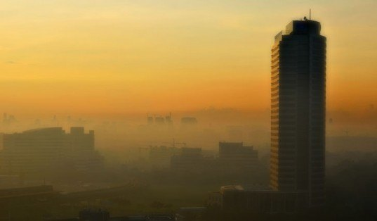 Indonesian Fires Cause High Levels of Smog in Singapore